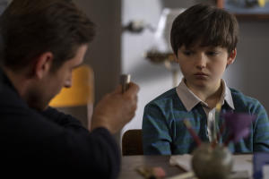 the-haunting-of-bly-manor-oliver-jackson-cohen-interview-doll-face-ghost-scene