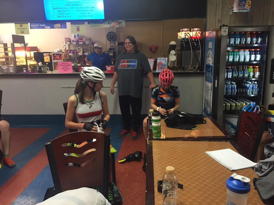 After training, pupils of Renee Hildebrand head to the snack bar at Skate Away South in Ocala, Florida. (Yahoo Sports)