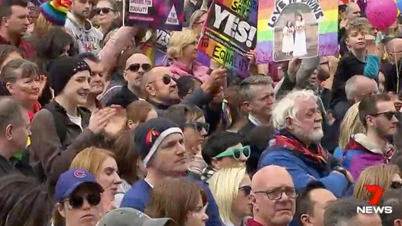 Massive Melbourne crowds rally for yes vote in marriage equality poll