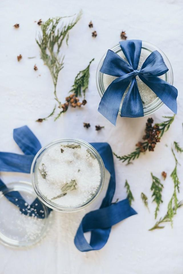 "<p>Though this beautiful homemade bath soak  created by <a href=""http://www.jacquelynclark.com/2016/12/13/diy-lemon-sage-epsom-bath-soak/"" target=""_blank"">Lark & Linen</a> looks like something you'd find in a high-end spa, it only take ten minutes to make. And though it's easy and quick to make, there are so many ways to customize it depending on what your dad likes. </p><p><a class=""body-btn-link"" href=""https://www.amazon.com/Amazon-Brand-Solimo-Epsom-Soaking/dp/B07NJPMVG9/ref=sr_1_6?keywords=Epsom+Salt&qid=1553099918&s=beauty&sr=1-6&tag=syn-yahoo-20&ascsubtag=%5Bartid%7C10057.g.27758634%5Bsrc%7Cyahoo-us"" target=""_blank"">BUY NOW</a> <strong><em>Solimo Epsom Salt Soaking Aid, $8</em></strong></p>"