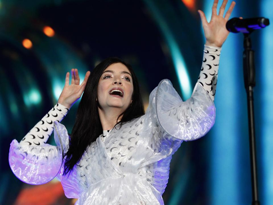 <p>Lorde performs at the Corona Capital music festival in Mexico City on 17 November 2018</p> (CLAUDIO CRUZ/AFP via Getty Images)