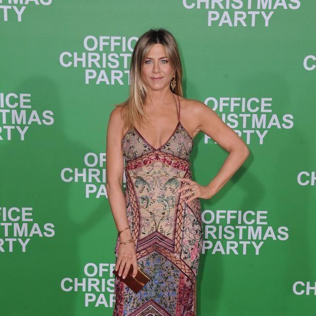 Jennifer Aniston in 2017 at the premiere of 'Office Christmas Party', just before her split with ex, Justin Theroux. Source: Getty.