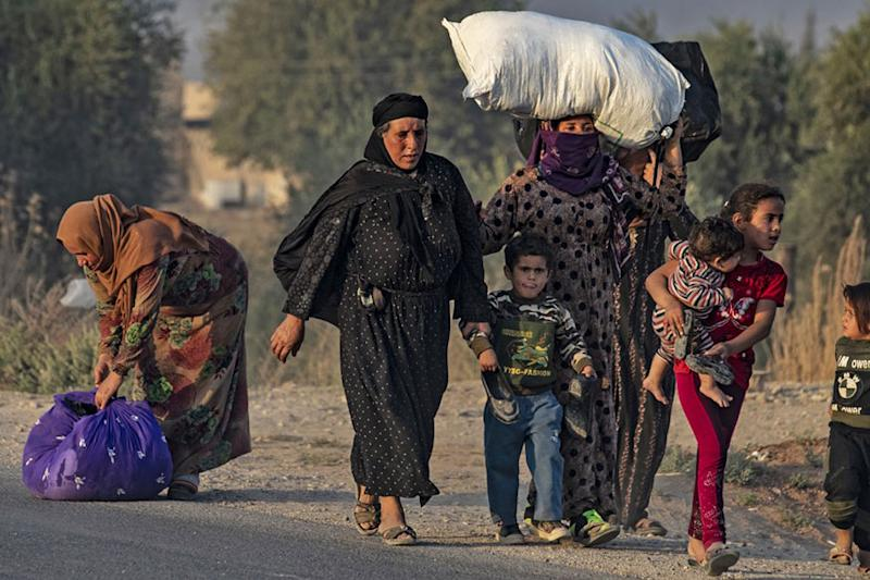 France 'Worried' After Nearly 800 IS Relatives Escape Syrian Camp After Turkey's Assault on Kurds
