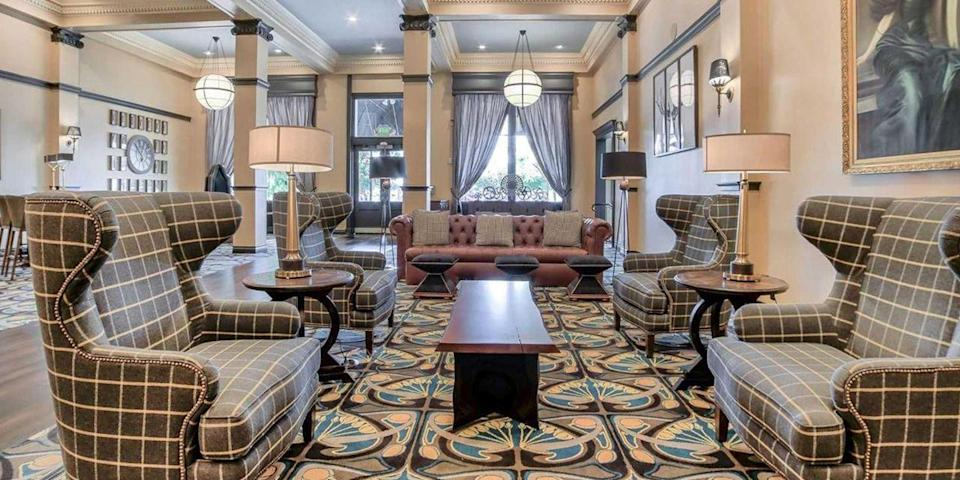 """<p><a href=""""https://go.redirectingat.com?id=74968X1596630&url=https%3A%2F%2Fwww.tripadvisor.com%2FHotel_Review-g60922-d99928-Reviews-Peery_Hotel-Salt_Lake_City_Utah.html&sref=https%3A%2F%2Fwww.redbookmag.com%2Fabout%2Fg34149750%2Fmost-historic-hotels%2F"""" rel=""""nofollow noopener"""" target=""""_blank"""" data-ylk=""""slk:The Peery Hotel"""" class=""""link rapid-noclick-resp"""">The Peery Hotel</a>, with its famous gray-and-white exterior and Prairie-style design, is a Salt Lake City landmark. Built in 1910 by the Peery family, the hotel catered to those working in Utah's mining industry. Today, it has 73 rooms and is in the heart of downtown's Arts District. </p>"""