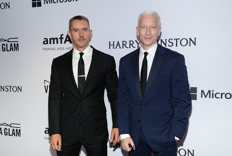 Benjamin Maisani and Anderson Cooper attend the 6th Annual amfAR New York Inspiration Gala at Spring Studios on Tuesday, June 16, 2015, in New York. (Photo by Evan Agostini/Invision/AP)