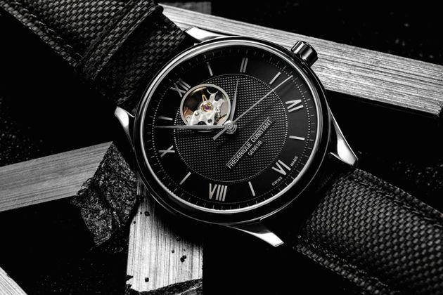 Frédérique Constant : la passion du noir avec la collection Classics Index Automatique Black Line