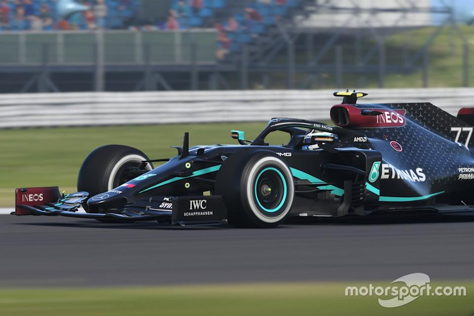 "Mercedes F1 eSports car in Black livery<span class=""copyright"">Codemasters </span>"