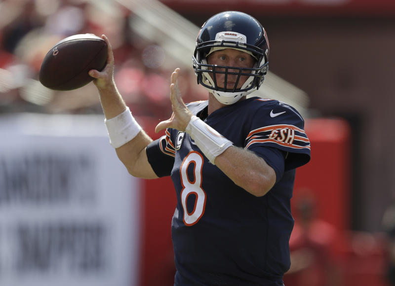 John Fox deflects blame from Mike Glennon in blowout loss to Bucs