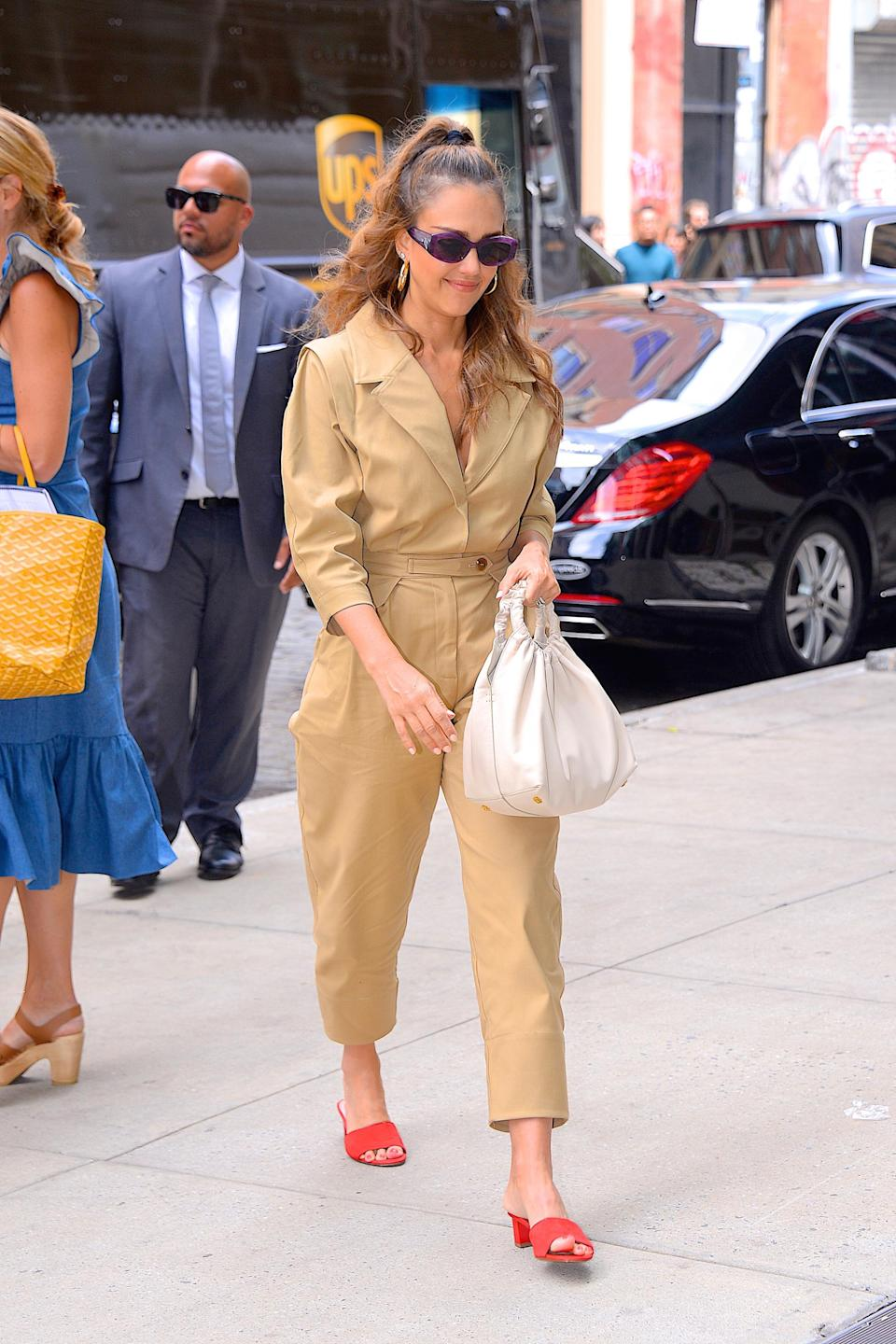 <p>Jessica Alba was spotted out and about in the Big Apple on 24 July in a seriously chic boiler suit by Sea New York. She teamed the summer-ready look with clashing Aquatalia heels and a covetable bag by The Row. Love, love, love. <em>[Photo: Getty]</em> </p>