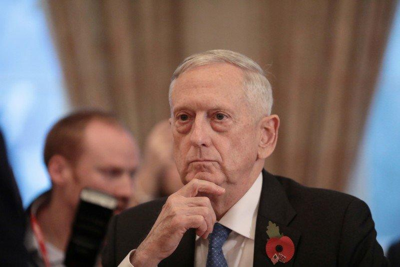 U.S. Secretary for Defense, Jim Mattis, sits opposite Britain's Secretary of State for Defence, Gavin Williamson, before a meeting at the Ministry of Defence (MoD) in central London, Britain November 10, 2017. REUTERS/Simon Dawson