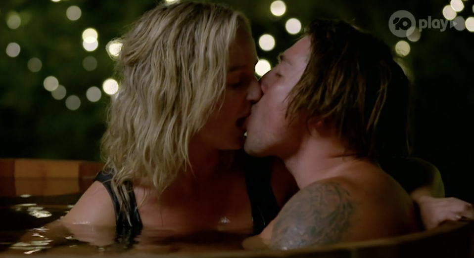 Bachelorette's Becky and Adrian kiss in hot tub