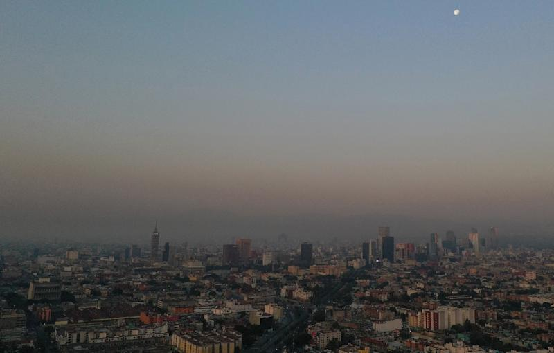 Dozens of wildfires have combined with hot, dry weather to cause a sharp rise in air pollution across a swathe of central Mexico
