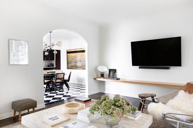 """""""The house was more or less move-in ready when Georgia found it, and there wasn't time to do any significant remodels,"""" says Alice. """"There were small facelifts, though: a new coat of white paint to cover the mocha walls, rebuilding and refinishing the master bedroom closet doors with new hardware, among some other small projects."""""""