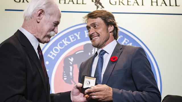 Dave Andreychuk, Teemu Selanne and Danielle Goyette were among those inducted into the Hockey Hall of Fame on Friday. Selanne says he is humbled to share the honour with the rest of the class of 2017.