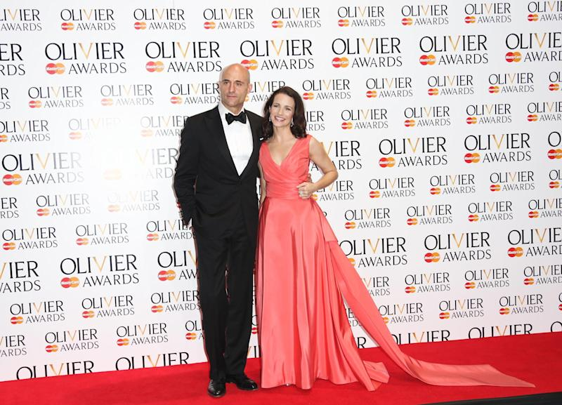 British actor Mark Strong and US actress Kristin Davis pose for photographs backstage after presenting Best Director to Lyndsey Turner during the Olivier Awards at the Royal Opera House in central London, Sunday, April 13, 2014. Named after the British actor Laurence Olivier, the awards are given for productions staged in London. (Photo by Joel Ryan/Invision/AP Images)