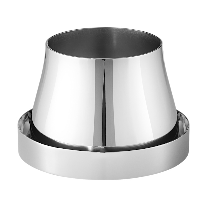 """This futuristic stainless steel version from <a href=""""https://www.architecturaldigest.com/story/georg-jensen-and-snohetta-have-designed-the-sleekest-indoor-outdoor-planters?mbid=synd_yahoo_rss"""" rel=""""nofollow noopener"""" target=""""_blank"""" data-ylk=""""slk:Georg Jensen and Snøhetta"""" class=""""link rapid-noclick-resp"""">Georg Jensen and Snøhetta</a> is suitable for indoor/outdoor use. $79, Georg Jensen. <a href=""""https://www.georgjensen.com/en-us/new-arrivals/terra-pot-and-saucer-small/10017683.html?cgid=new_arrivals_13"""" rel=""""nofollow noopener"""" target=""""_blank"""" data-ylk=""""slk:Get it now!"""" class=""""link rapid-noclick-resp"""">Get it now!</a>"""