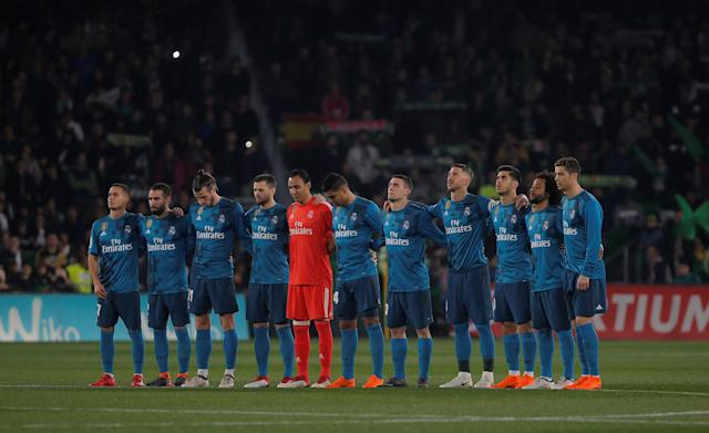 Soccer Football - La Liga Santander - Real Betis vs Real Madrid - Estadio Benito Villamarin, Seville, Spain - February 18, 2018 Real Madrid players line up before the match REUTERS/Jon Nazca