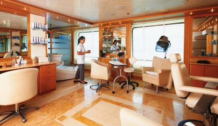 <p>Need a last-minute haircut before a game? Stop in at Silver Cloud's salon. (silversea.com) </p>