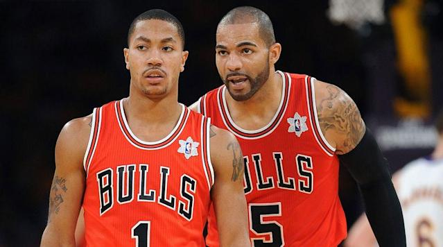 In the latest HOLDAT Podcast, Carlos Boozer and Nate Robinson open the mailbag to discuss Derrick Rose, Larry Bird vs. LeBron James and NBA teams they wished they played on.