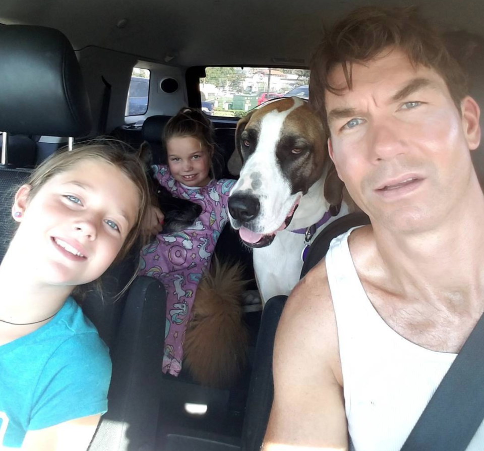 Jerry O'Connell with his daughters, Charlie and Dolly, and another one of their furry friends. (Photo: Instagram)