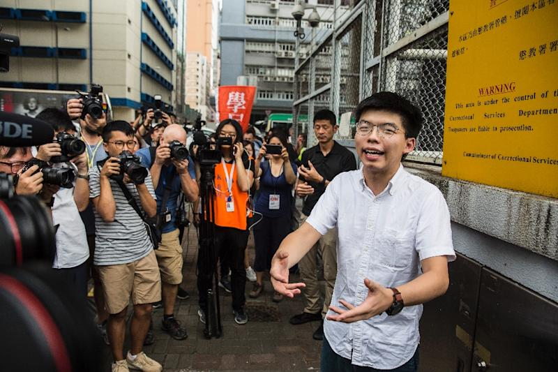 Hong Kong protesters slam leader's apology, demand she quit