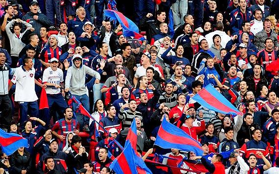 VIDEO: San Lorenzo fans invent new song based on Wonderwall