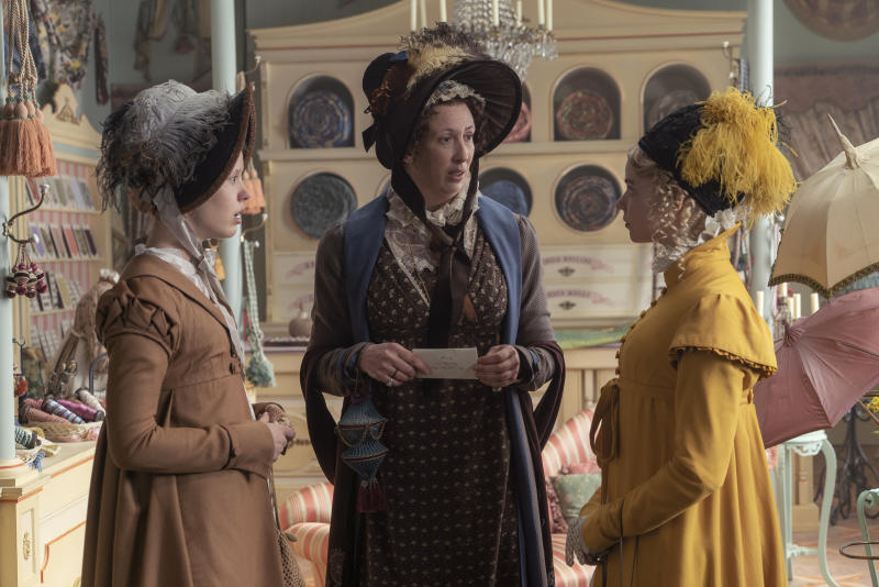 "(L to R) Mia Goth as ""Harriet Smith"", Miranda Hart as ""Miss Bates"" and Anya Taylor-Joy as ""Emma Woodhouse"" in director Autumn de Wilde's EMMA., a Focus Features release. (Liam Daniel / Focus Features)"