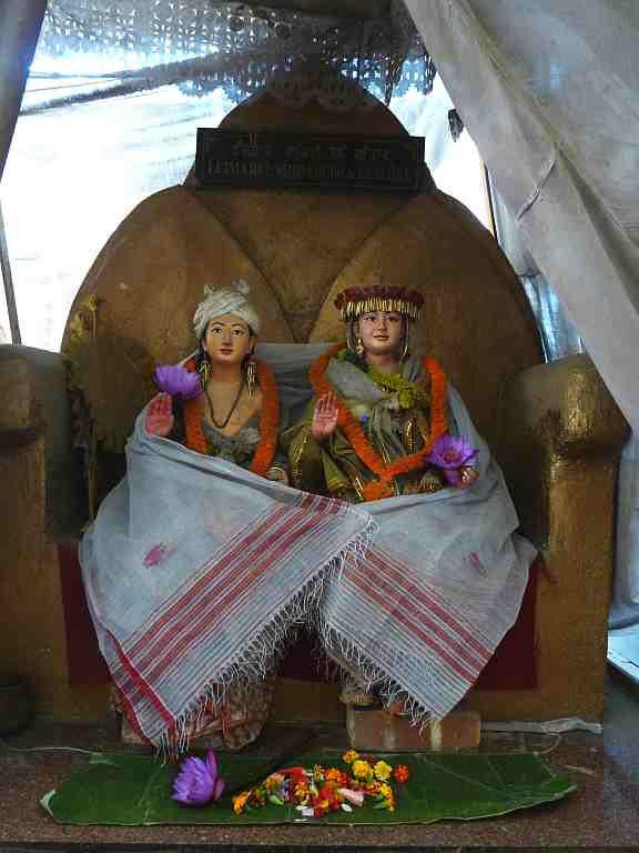 Idols of Keithel Lairembi, the traditional Manipuri deities that sanctify the marketplace.