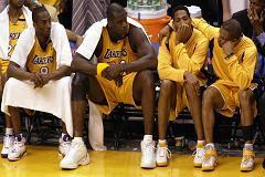Shaq, Kobe to Buss Family: Don't sell the Lakers