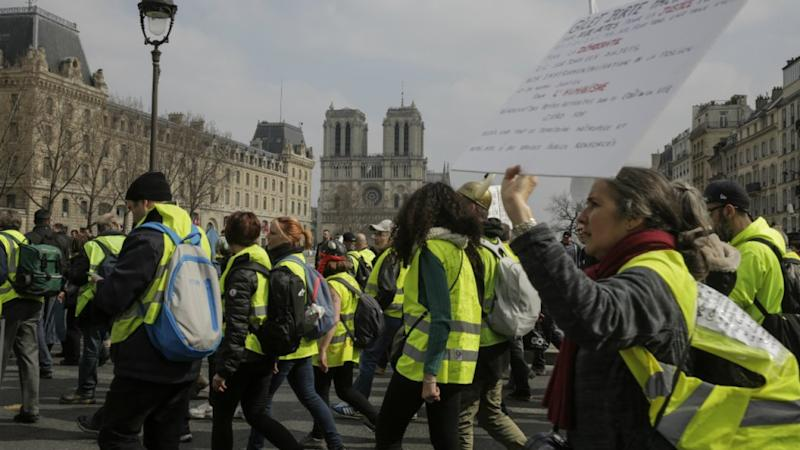 Tension in Paris as Yellow Vests protest on first Saturday since Notre-Dame fire