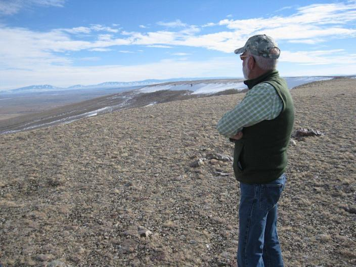 """Anschutz Corp. executive Bill Miller is in charge of developing a 730-mile transmission line and a wind farm at this ranch along the Continental Divide in Wyoming. <span class=""""copyright"""">(Ralph Vartabedian / Los Angeles Times)</span>"""