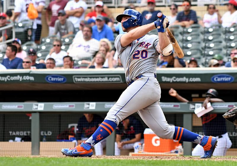 MINNEAPOLIS, MN - JULY 17: New York Mets First base Pete Alonso (20) hits a 2-run home run in the top of the 8th off of Minnesota Twins Pitcher Matt Magill (68) during a game between the New York Mets and Minnesota Twins on July 17, 2019 at Target Field in Minneapolis, MN.(Photo by Nick Wosika/Icon Sportswire via Getty Images)