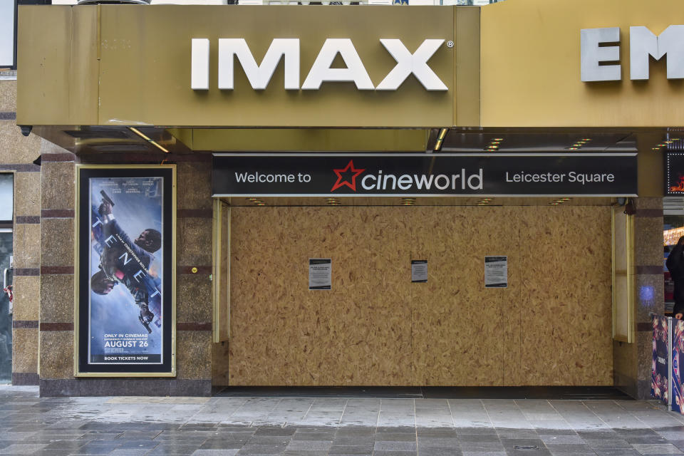 Cineworld temporarily shuts cinemas due to virus impact in London. (Photo by Dave Rushen/SOPA Images/LightRocket via Getty Images)