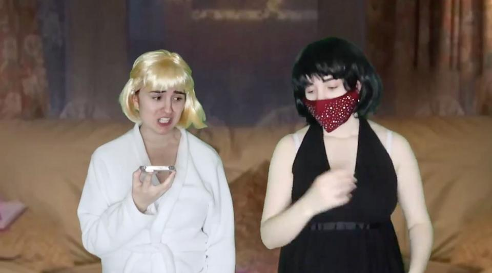 Lucia Keskin as Stacey and Nessa (Photo: Twitter)