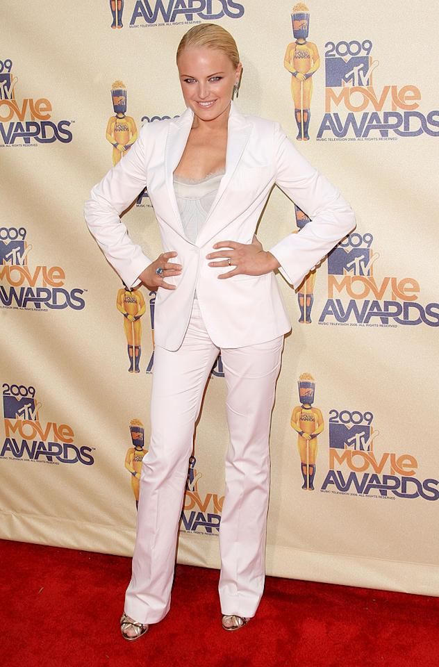 """<a href=""""http://movies.yahoo.com/movie/contributor/1808422842"""">MALIN AKERMAN</a>  Grade: C-  She was a superhero in """"Watchmen,"""" so it seems that Malin in her Dolce and Gabbana white suit is walking the red carpet as her secret identity: Sharon Stone."""