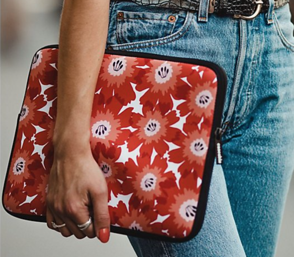 Buy a laptop, get a free sleeve! (Photo: QVC)