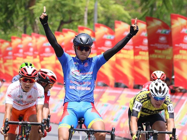 Nguyen Tan Hoai of the Domesco team claimed his second stage win on day 3 of the HTV Cup in Vietnam