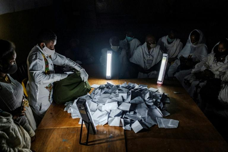 Regional ruling party wins all seats in Ethiopia's 'illegal' polls