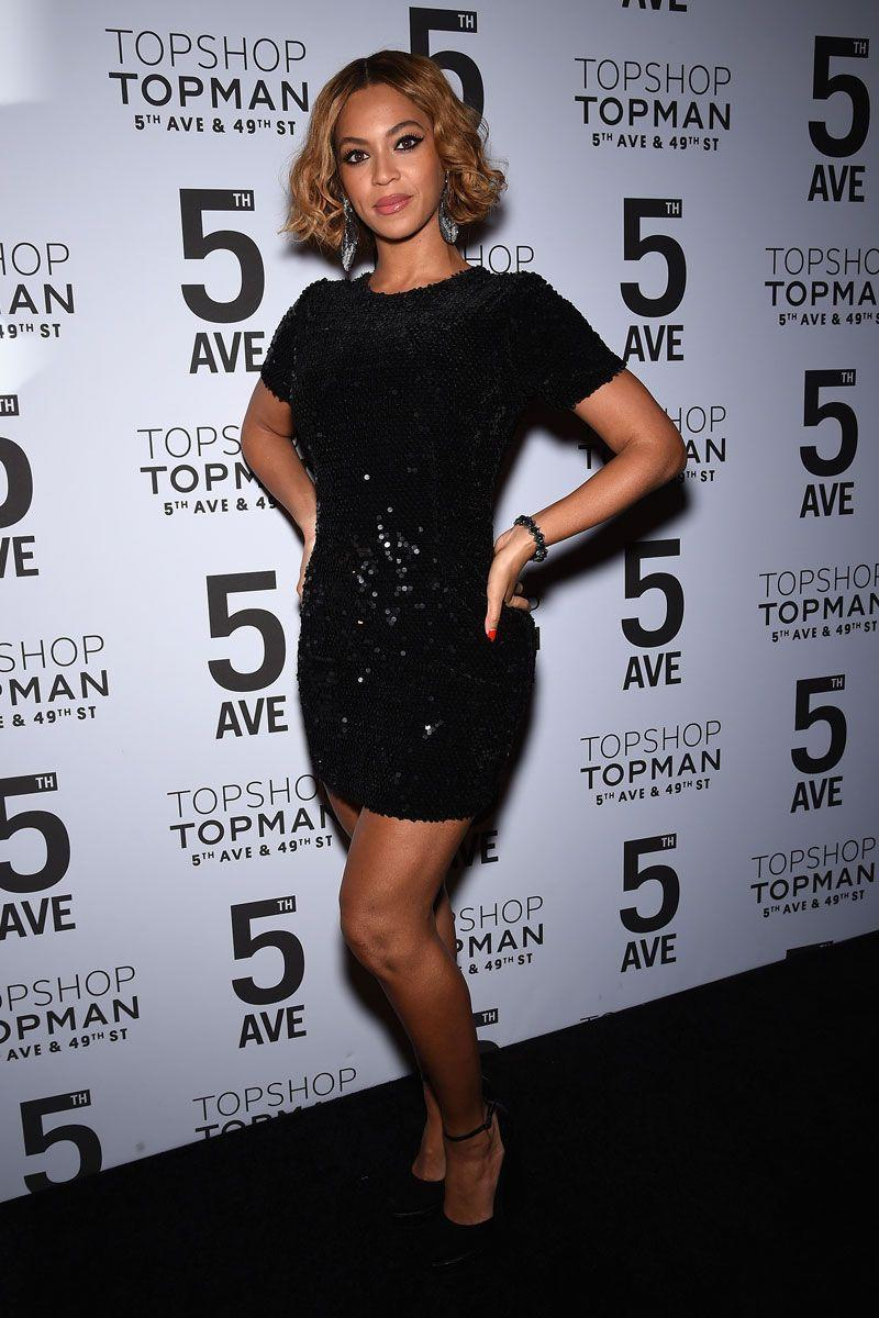 <p>It's a truth universally acknowledged that Beyoncé can do no wrong—hence her looking absolutely fabulous in this short-sleeve sequin dress at the Topshop/Topman opening dinner in New York City. </p>