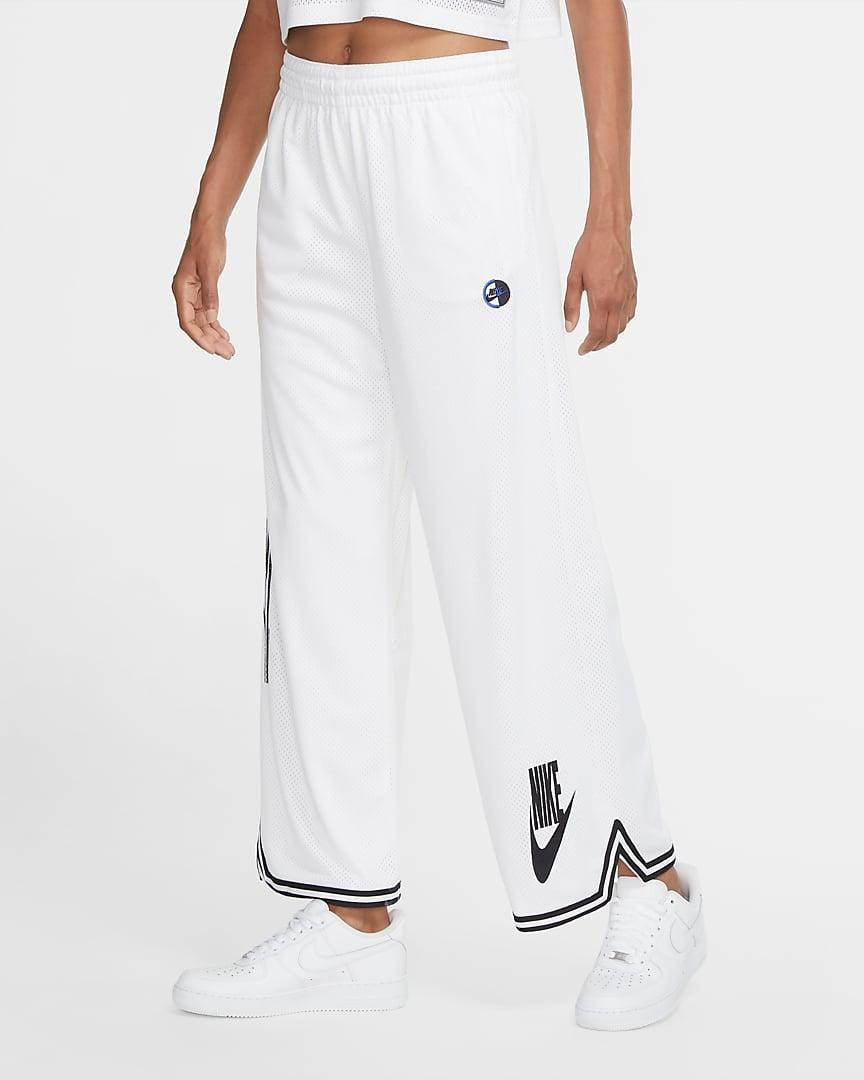 "<br><br><strong>Nike</strong> Jersey Pants, $, available at <a href=""https://go.skimresources.com/?id=30283X879131&url=https%3A%2F%2Fwww.nike.com%2Ft%2Fsportswear-womens-jersey-pants-KX5FjQ%2FCU6791-100"" rel=""nofollow noopener"" target=""_blank"" data-ylk=""slk:Nike"" class=""link rapid-noclick-resp"">Nike</a>"