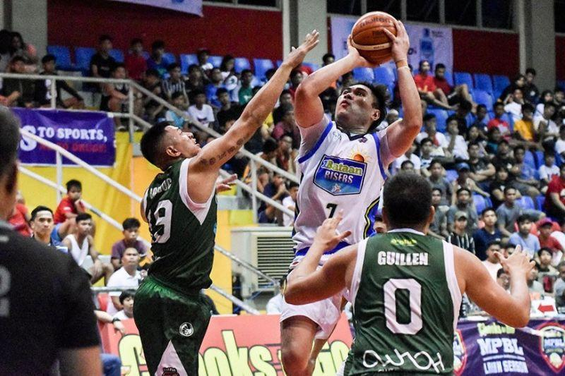 Llanto lifts Bataan against Navotas