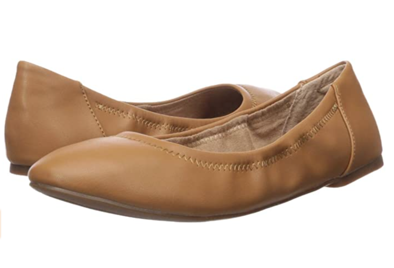 Amazon Essentials Women's Ballet Flat in Camel