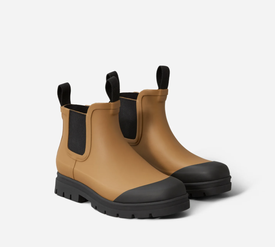 """<p><a class=""""link rapid-noclick-resp"""" href=""""https://go.redirectingat.com?id=127X1599956&url=https%3A%2F%2Fwww.everlane.com%2Fproducts%2Fwomens-rain-boot-toffee%3Fcollection%3Dwomens-boots&sref=https%3A%2F%2Fwww.harpersbazaar.com%2Fuk%2Ffashion%2Fwhat-to-wear%2Fg35172401%2Fbest-wellies%2F"""" rel=""""nofollow noopener"""" target=""""_blank"""" data-ylk=""""slk:SHOP NOW"""">SHOP NOW</a></p><p>A twist on a classic Chelsea boot, these toffee boots from Everlane have a slip-resistant sole and a cushioned insole for added comfort.</p><p>The Rain Boot, £71, <a href=""""https://go.redirectingat.com?id=127X1599956&url=https%3A%2F%2Fwww.everlane.com%2Fproducts%2Fwomens-rain-boot-toffee%3Fcollection%3Dwomens-boots&sref=https%3A%2F%2Fwww.harpersbazaar.com%2Fuk%2Ffashion%2Fwhat-to-wear%2Fg35172401%2Fbest-wellies%2F"""" rel=""""nofollow noopener"""" target=""""_blank"""" data-ylk=""""slk:Everlane"""" class=""""link rapid-noclick-resp"""">Everlane</a></p>"""