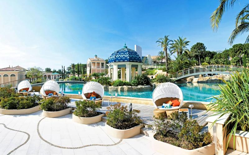 It feels as though the whole hotel of Monte Carlo Bay Hotel & Resort is achingly dressed to impress.
