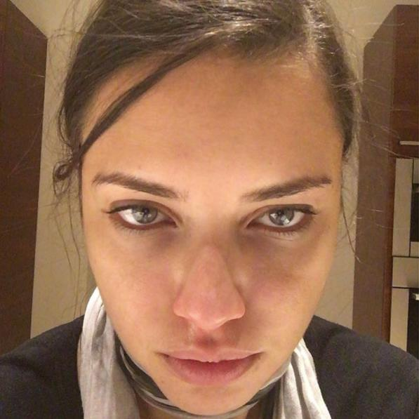 <p><strong>When: Feb. 3, 2016 </strong><br> The supermodel took this gorgeous makeup-free selfie after a 10-hour work day. (Photo: Instagram) </p>