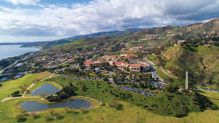 "If you go to Pepperdine, you have no excuse to be indoors. <span class=""copyright"">(Pepperdine University)</span>"