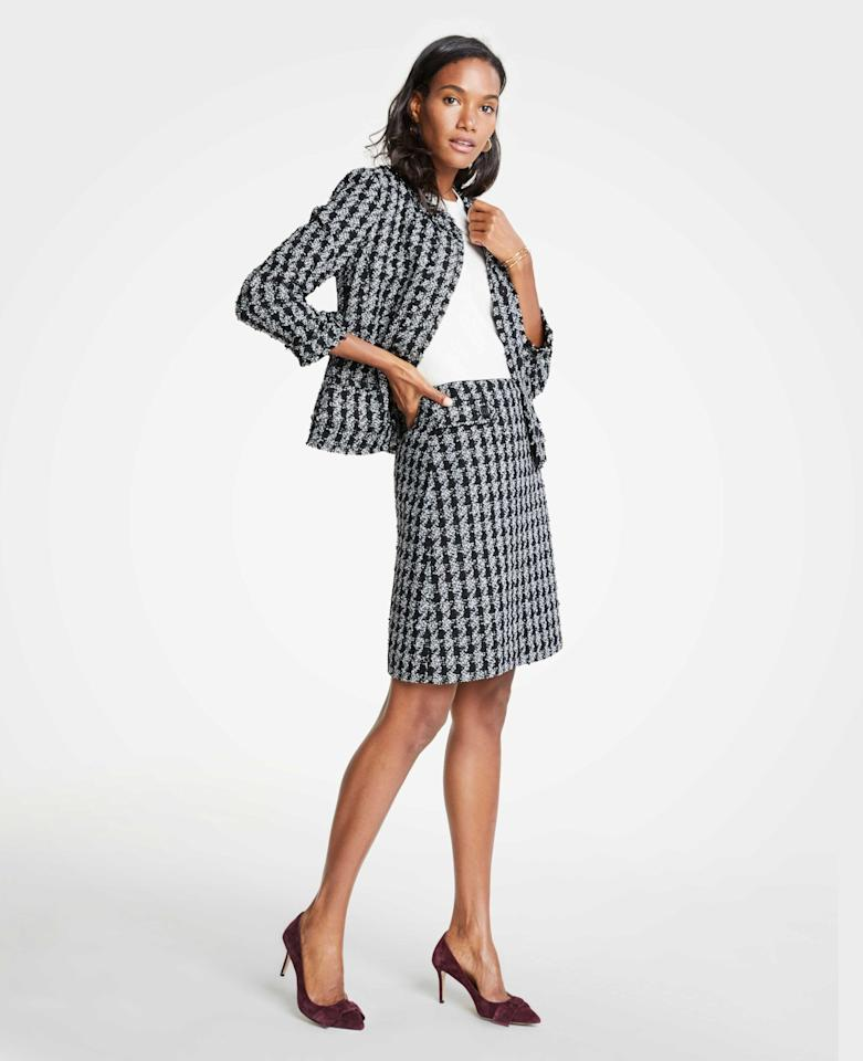 "<p>Ann Taylor Tweed Houndstooth Jacket, $159, <a rel=""nofollow"" href=""https://fave.co/2RofjlR"">anntaylor.com</a><br />Ann Taylor Houndstooth Button Tab A-line Skirt, $89, <a rel=""nofollow"" href=""https://fave.co/2QqSgpm"">anntaylor.com</a> </p>"