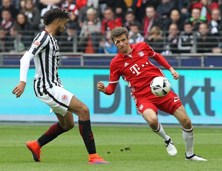 Thomas Mueller (right) has yet to score for Bayern Munich in seven league games (AFP Photo/Daniel Roland)