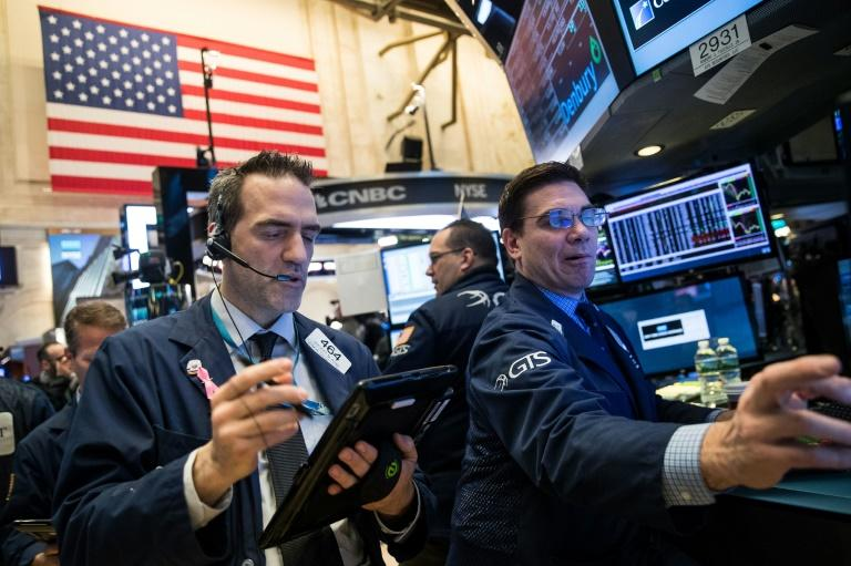 Traders sur le parquet du New York Stock Exchange  le 7 avril 2017