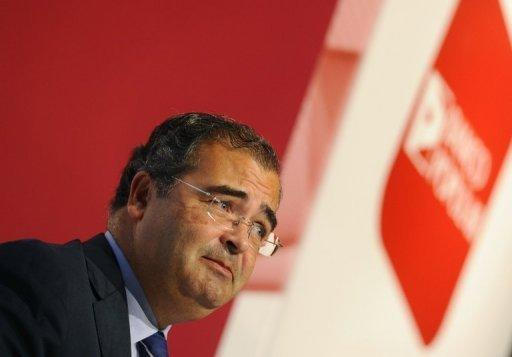 Banco Popular approves 2.5 bn euro capital boost